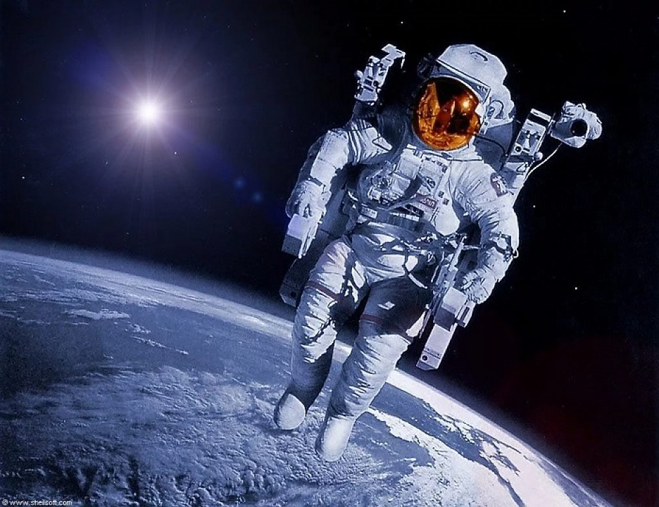 """РКК """"Энергия"""" откупилась от Boeing билетами в космос"""