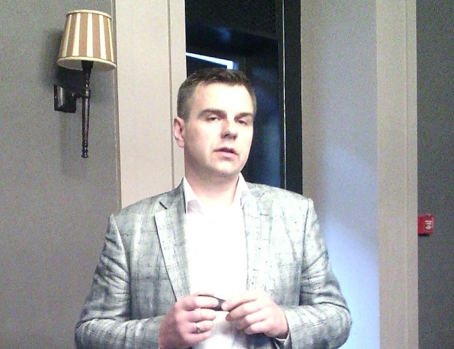 Директор по развитию и реализации проекта LTE-450 Tele2 Дмитрий Курилов