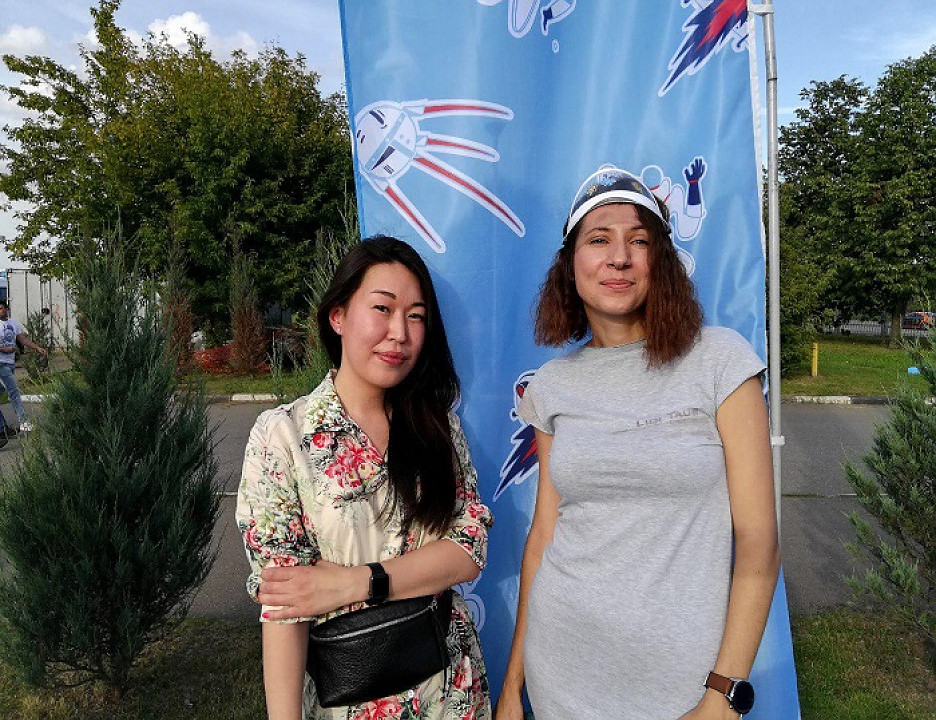 Руководитель проекта Yota Nebo Анна Чернышева (слева) и PR-директор Yota Ольга Алексеева