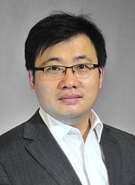 Юй Синьган, директор планового отдела направления беспроводных технологий компании Huawei в России