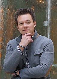 "Павел Захаров, Директор по маркетингу корпоративного бизнеса ПАО ""МегаФон"""