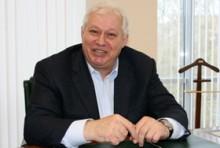 """Евгений Якович, генеральный директор """"НТВ-Плюс"""" с 1998 г. по апрель 2002 г."""